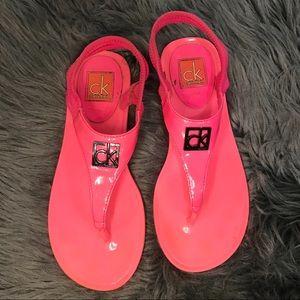 Calvin Klein pink flips flops sandals